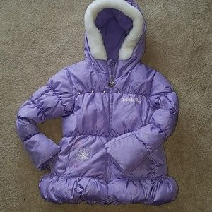 Twinkle toes girls puffer coat. Size 4